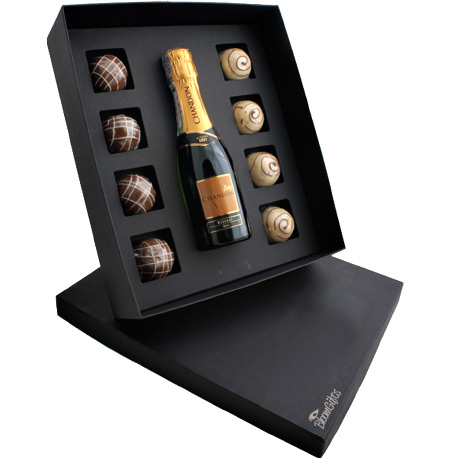 brindes e lembrancinhas kit mini chandon e chocolates